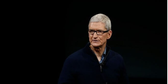 Tim Cook Changes His Name on Twitter