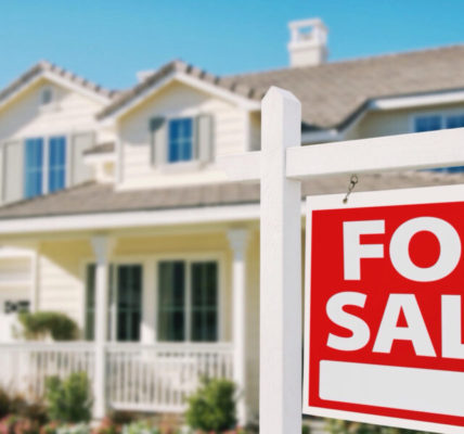 Pending Home Sales Fall 1.7% in October