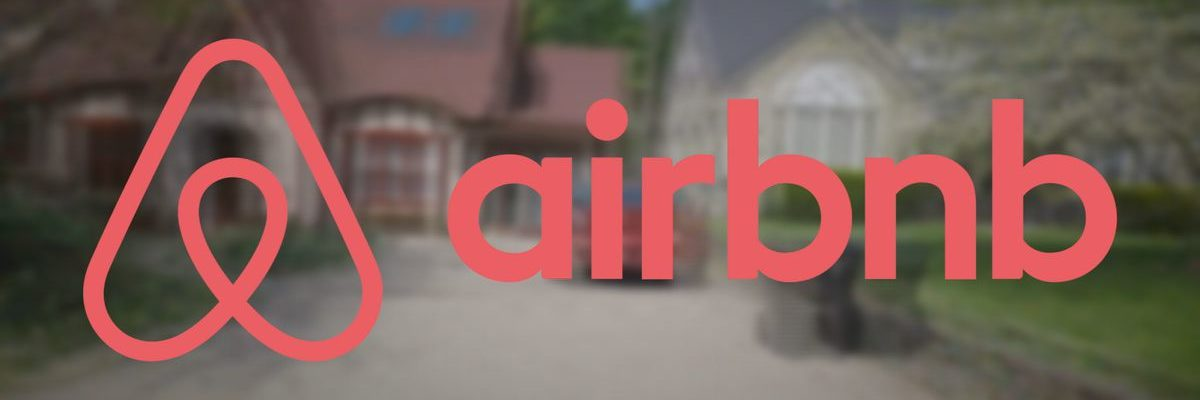 Airbnb COO is Leaving the Company as It Seeks to go Public Next Year