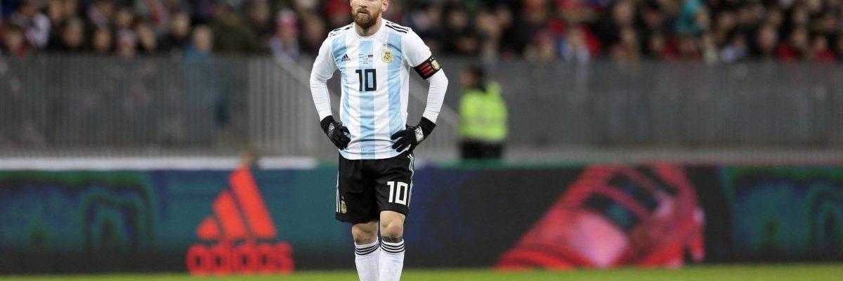 Lionel Messi wins sixth Ballon d'Or, one more than Cristiano Ronaldo