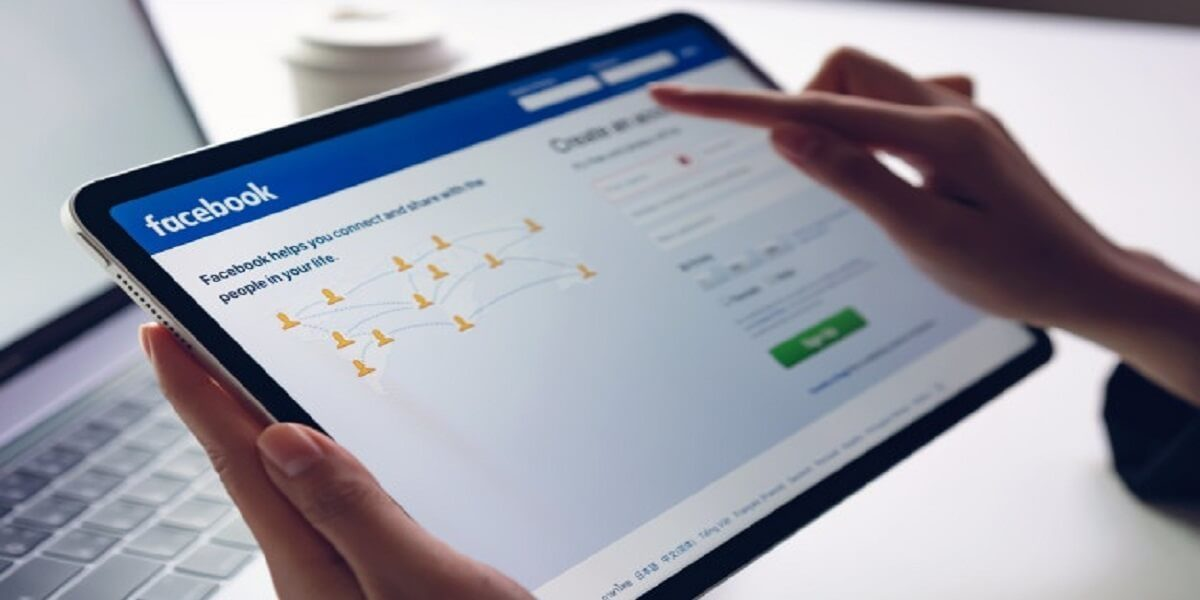 How to Grow Your Career Using Facebook - Appy Pie