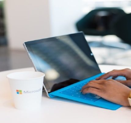 Microsoft Delays End of Support for Older Versions of Windows 10 Due to Coronavirus - Appy Pie