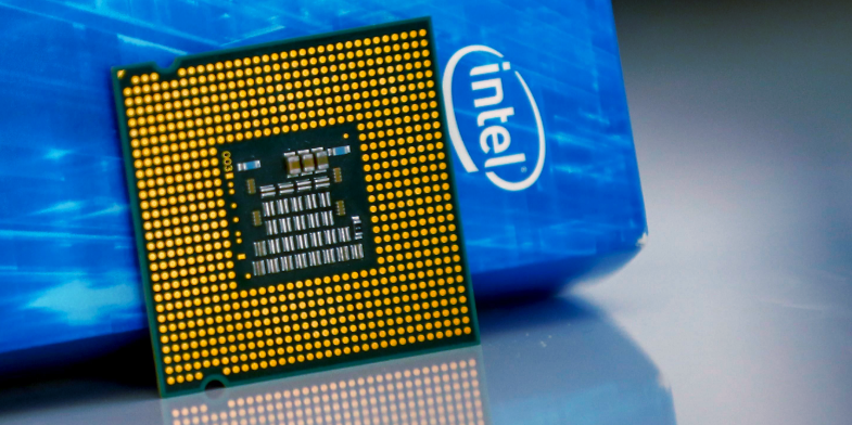 Intel says New Chip Technology is Six Months Behind, Shares drop 9% - Appy Pie
